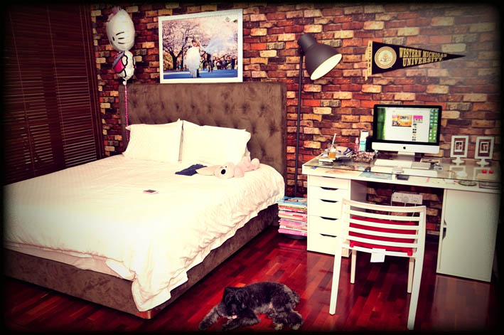 Wall fireplace ideas - Bedroom with brick wallpaper ...